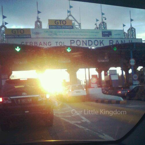 Gerbang Tol Pondok Ranji