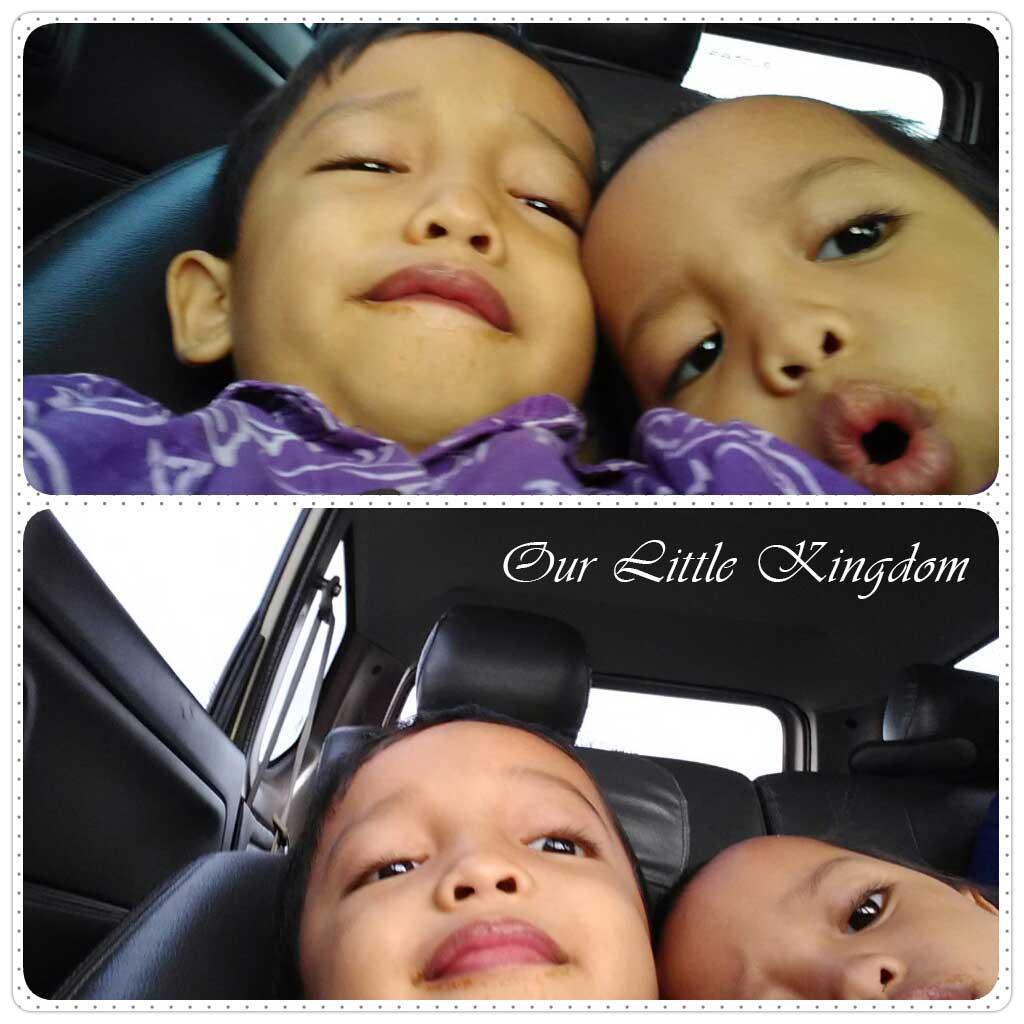 Selfie Kakak Adek